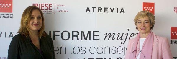 Asun-Soriano,-presidenta-de-España-de-ATREVIA,-y-Núria-Chinchilla,-profesora-del-IESE-Business-School
